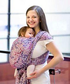 De draagdoeken van LennyLamb zijn fijne geweven draagdoeken, duurzaam en van goede kwaliteit. Ze zijn prettig in gebruik en allround : vanaf geboorte tot in de peutertijd kun je je kindje veilig en verantwoord dragen.