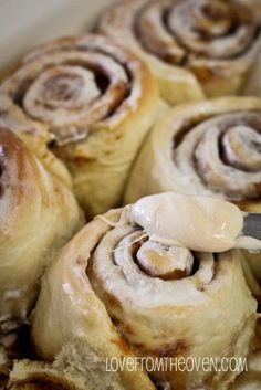 Cake Mix Cinnamon Rolls by Love From The Oven..... I never knew this was even possible.... I'm so making a batch.... yum!!!