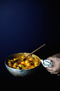 Hong kong 39 s curry fish balls over ramen for Chinese fish balls