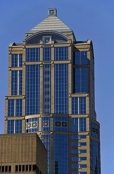 """Washington Mutual Tower, also called """"The Spark Plug"""", office tower, Seattle, Washington, United States of America, USA, PublicGround"""
