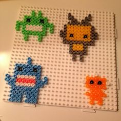 Robots and monsters hama beads by mikagard