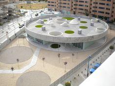 Escuela Infantil En Vereda De Estudiantes / Rueda Pizarro Arquitectos