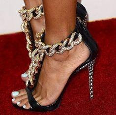 #GiuseppeZanotti #Sexy T-Strap #Chain #Sandal ... #heels #fashion #shoes