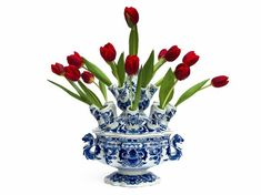 Tulips in Delft vase Blue And White China, Blue China, Love Blue, Purple Tulips, White Tulips, Delft, Chinoiserie, Vases, Blue Nails