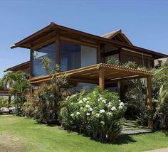 Post Modern and Contemporary Architecture Rest House, House In The Woods, Future House, Bamboo House, Dream House Exterior, Tropical Houses, House Goals, Modern House Design, My Dream Home
