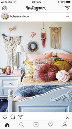Dream rooms, dream bedroom, home bedroom, bedroom decor, minimalist roo Dream Rooms, Dream Bedroom, Home Bedroom, Modern Bedroom, Boho Teen Bedroom, Bohemian Bedrooms, Eclectic Bedrooms, Bedroom Simple, Girls Bedroom Blue