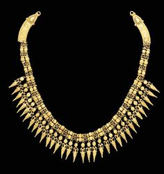 A GREEK GOLD STRAP NECKLACE   Circa 330-300 B.C.