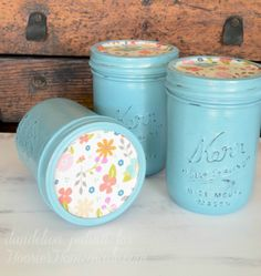 Perfect for Mother's Day, Teacher's Appreciation Gifts, Birthday Gifts and much more! These Embellished DIY Chalk Paint Mason Jars are easy to make and take just a few supplies! Great for your next party or simple decor around the home. Be sure to save them by pinning to your Craft Board!