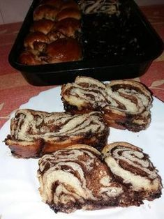 Csokis kalács Hungarian Desserts, Hungarian Cuisine, Hungarian Recipes, Torte Cake, Sweet Bread, Cookie Recipes, Breakfast Recipes, Food And Drink, Yummy Food