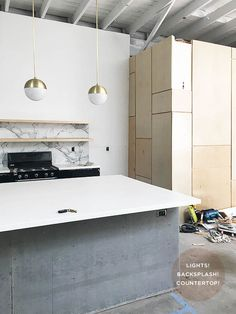Beautiful light lab project featuring Formica® Solid Surfacing and 180fx® by Formica Group Calacatta Marble.