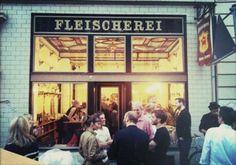 Fleischerei - Café in einem historischen ehemaligen Fleischereigeschäft. Auf dem Weg Richtung Westen ein netter Zwischenstop.  https://www.facebook.com/pages/Fleischerei/103653939774214