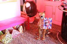 Detalles de la casa de Alaska y Mario Mtv, Alaska, Estilo Kitsch, Mario, Deco, Pictures, Decoration