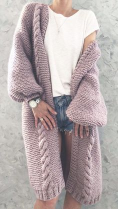 Gorgeous crochet blanket cardigan you can make with this free crochet pattern. This crochet cardigan is the perfect crochet top for any outfit this se Cardigan Au Crochet, Long Knit Cardigan, Long Sleeve Sweater, Sweater Cardigan, Loose Sweater, Crochet Cardigan Pattern Free Women, Knitted Coat Pattern, Knit Cardigan Pattern, Sweater Coats