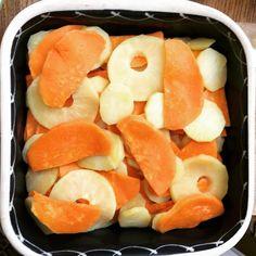 Gratin des 3 P : pommes pommes de terre et patates douces #gratin #pommes #pommedeterre #patatedouce #patate #cuisine #food #homemade #faitmaison N'hésitez pas à nous demander la recette nous la publierons dans notre bloghttp://ift.tt/2nr5K9O #eat #foodporn#instagood #photooftheday#yummy #sweet #yum #Instafood #dinner #fresh #eatclean #foodie #hungry #foodgasm #tasty #eating #foodstagram #cooking #delish #foodpics Vous pouvez nous suivre dans Twitter @mememoniq ou sur Facebook…
