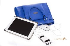 Handbag LADYBAG Blue Ocean: the first multifunctional heated handbag which charges your mobile devices. BUY HERE: www.ladybag.cz