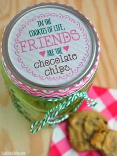 Chocolate Chip Cookie Mason Jar Gift - Fun Family Crafts