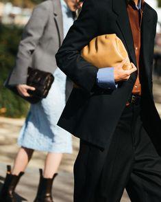"Акценты 2020: детали, которые ""сделают"" образ - VictoriaLunina.com 2020 Fashion Trends, Spring Summer Trends, Detail, Womens Fashion, Inspiration, Clothes, Instagram, Style, Biblical Inspiration"