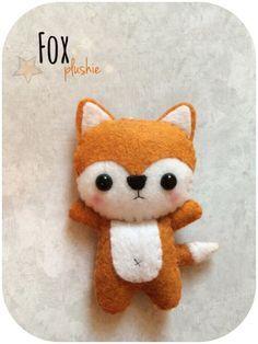 Cute Fox Felt Plush Toy by pinkTopic on Etsy foxes, Felt Fox, Wool Felt, Sewing Projects For Kids, Sewing For Kids, Fox Crafts, Kawaii Crafts, Little Presents, Felt Patterns, Loom Patterns