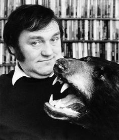 Les Dawson: 'I met my wife on the tunnel of love.she was digging it.' I think that says it all as to why he made the list. British Comedy Series, British Sitcoms, British Actors, Jimmy Perry, Comedy Radio, 1940s Music, Steptoe And Son, Les Dawson, English Comedians