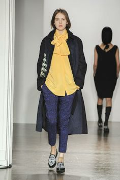 Mother of Pearl A/W '14 - Marine et jaune
