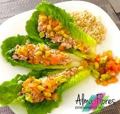 Tacos de Atún en Hojas de Lechuga, acompañados de Salsa de Verduras y Arroz Integral Frescos y crujientes!