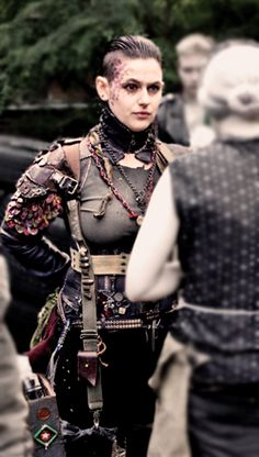 """Hello, this is a picture of """"Die Witwe"""" (""""The Widow""""), a character in the Wasteland-LARP """"Giftstaub"""" (www. 6 husbands passed, and now she is marrying an beautiful woman - m. Apocalyptic Clothing, Post Apocalyptic Costume, Post Apocalyptic Fashion, Wasteland Warrior, Apocalypse Fashion, Dystopia Rising, Cyberpunk, Future Fashion, Up Girl"""