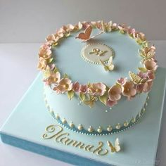 Blossom Butterfly Birthday Cake In love! Butterfly Birthday Cakes, 90th Birthday Cakes, Elegant Birthday Cakes, Pretty Birthday Cakes, Birthday Cakes For Women, Butterfly Cakes, Pretty Cakes, Cute Cakes, Cakes With Butterflies