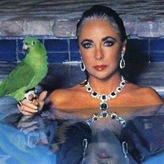 Queen of the statement necklace and lover of multiple marriages, Elizabeth Taylor was one of the first to turn her fame (and personal life) into an empire. She laid down the celebrity-lifestyle brand blueprint for the Jessicas, the Jennifers, and Britney-types. Her status as a classic film icon defined what it means to be a modern day star— and a gutsy role model. Hit the link in our bio for more about Liz and other power players on the #NastyGalaxy blog. #wcw