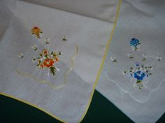 Vintage Embroidered Floral Cotton by EauPleineVintage on Etsy