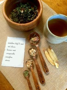 Hormone Balancing & Cervical Mucous Promoting Tea AKA FertiliBeer - I love calling this combination of herbs FertiliBeer, think of it like ginger beer/ale and not the beer/ale made from hops and grain. Herbs For Fertility, Natural Fertility Info, Fertility Diet, Fertility Smoothie, Boost Fertility, Yoni Steam Herbs, Cervical Mucus, Steam Recipes, Infused Water Recipes