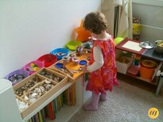 Independent play and discovery – freely inspired by Maria Montessori – frisuren schnitt Maria Montessori, Montessori Playroom, Toddler Playroom, Montessori Materials, Toddler Toys, Montessori Kindergarten, Materials Science, Infant Activities, Activities For Kids