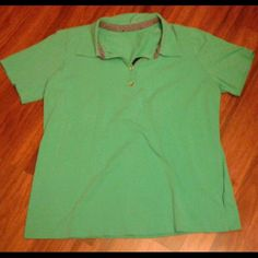 Collard t-shirt Collard t-shirt  Great condition  No flaws  No tag, fits XL best Tops Tees - Short Sleeve