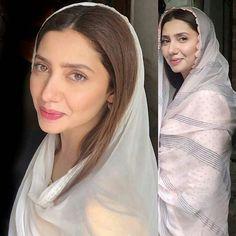 Mahira Pakistani Actress Mahira Khan, Beautiful Celebrities, Beautiful People, Mahira Khan Dresses, Pakistani Dresses Casual, Pakistani Suits, Salwar Suits, Ayeza Khan, Dress Card