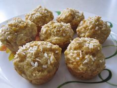 Sweet and moist bite-sized muffins made with tropical fruits.You won't believe thesehave no added sugar or fat! Printable Recipe 1 cup dried mango slices 1 1/2 cups unsweetened pineapple juice 2 ripe bananas 1 egg 1 cup flour 1/2 cup oat bran 1 tbsp flaxseed meal 1 tsp baking powder 1/2 tsp baking soda coconut …