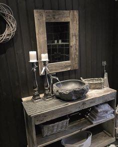 """@husetpaanordseth no Instagram: """"God kveld kjære følgere badet nede er vasket idag, og da måtte jeg knipse litt bilder da vet dere bloggen er også oppdatert med noen få velvalgte og litt bilder ønsker dere en fin mandagskveld!"""""""