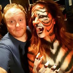 Always fun to vist with the kitties! #monstermaidens #monster #bodypainting #bodypaint #mehron #tiger #tigress