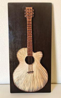 Guitar String Art von Stringything auf Etsy (wood crafts art) - New Ideas String Art Diy, String Crafts, String Art Templates, String Art Patterns, String Art Tutorials, Arte Linear, Sunflower Crafts, Diy Vintage, Thread Art