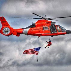 Today marks the anniversary of the establishment of the US Coast Guard Rescue Swimmers. Coast Guard Rescue Swimmer, Coast Guard Helicopter, Helicopter Pilots, Military Helicopter, Military Aircraft, Coast Gaurd, Us Coast Guard, Helicopter Private, Search And Rescue