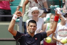 Djokovic moves on to 3rd round at the French