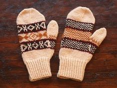 Use this free knitting pattern to whip up some of you very own Mad Men Mittens.  They're the perfect project for easy winter knitting.