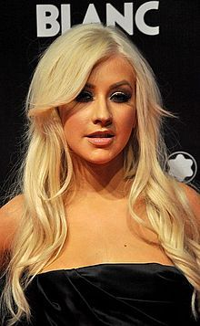 Christina Aguilera...she's just amazing!! That voice...the voice that comes out of her body is such a inspiration!! She is a strong, independant woman who shows that you should be yourself no matter who does what or says what about you!! Be yourself...that's what i learned from Christina! <3