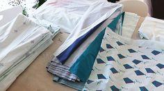 Po wielu tygodniach oczekiwania, wreszcie możemy zobaczyć zaprojektowane przez nas tkaniny. Quilts, Blanket, Bed, How To Make, Home, Stream Bed, Quilt Sets, Ad Home, Blankets