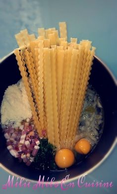 "One pot carbonara pasta (with or without thermomix) - Mélie mélo in the kitchen - I wanted to test the technique of pasta ""all in one"": we save time by simmering all the ingredients - Cooking Chef, Batch Cooking, Cooking Time, Pasta Carbonara, One Pan Pasta, How To Cook Pasta, Pasta Pot, Pasta Thermomix, Pasta Recipes"