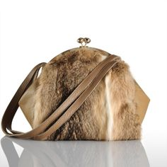 $63.00 2012 autumn and winter new rabbit fur bag fur bag plush package casual chain bag shoulder Messenger the wave of handbags