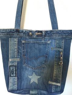 Bag made from old Jeans DIY Bag and Purse Denim Tote Bags, Denim Purse, Diy Tote Bag, Diy Old Jeans, Recycle Jeans, Denim Bag Patterns, Blue Jean Purses, Diy Bags Purses, Diy Handbag
