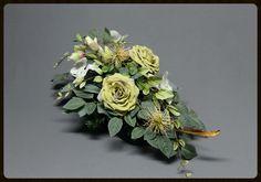 Dekoracje nagrobne Floral Wreath, Wreaths, Etsy, Plants, Decor, All Saints Day, Fake Flowers, Dekoration, Floral Crown
