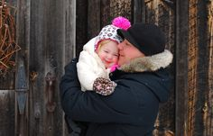 Fun adventure in the snow with the family. Newborn and Family Photographer serving the Beamsville Grimsby St Catherines and Niagara Region. Fun Adventure, Family Adventure, Niagara Region, Amazing Adventures, Family Photographer, Winter Hats, Crochet Hats, Snow, Photography