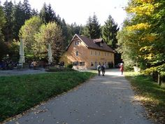 ©  / Zeughaus Sidewalk, Hiking With Kids, Parking Space, Germany, Side Walkway, Walkway, Walkways, Pavement