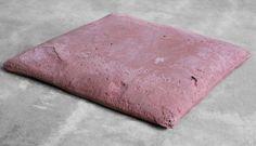Cristina Treppo, Cuscino (6), cemento, cm 3,5 x 33,5 x 32,5 - 2012