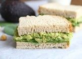Smashed Chickpea and Avocado Sandwich.  Great alternative to an egg salad sandwich.  #vegetarian #vegan